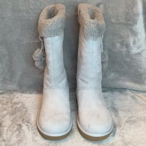 WOMENS UGG plumdale Cuff Boot NWT